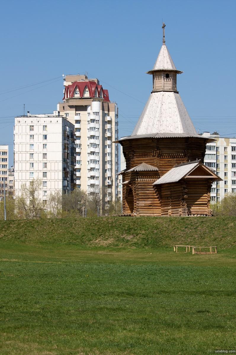 2009 Коломенское Москва парк природа деревья деревянные постройки