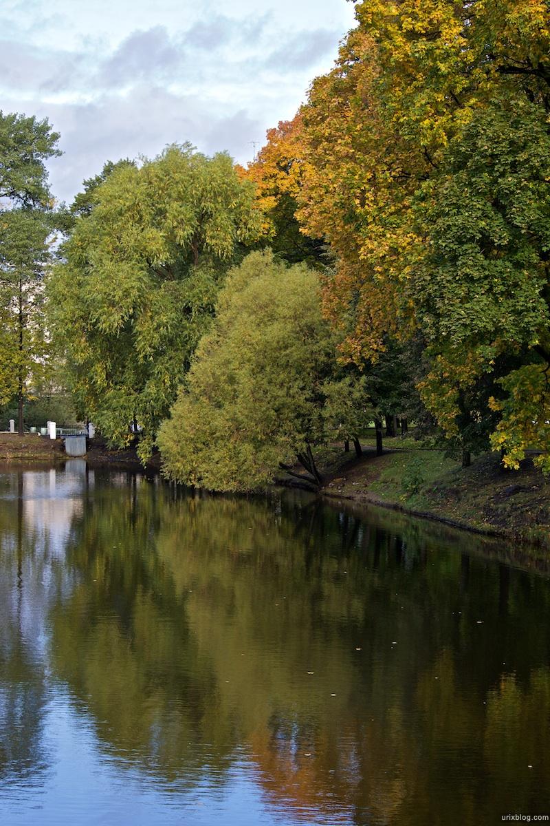 2009 Москва парк Лефортово осень пруд