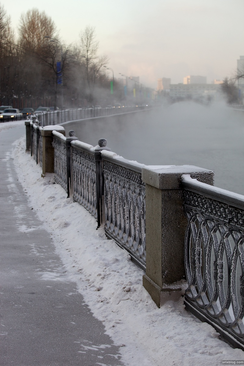 2009 Москва Moscow река Яуза мороз зима пар Электрозаводская