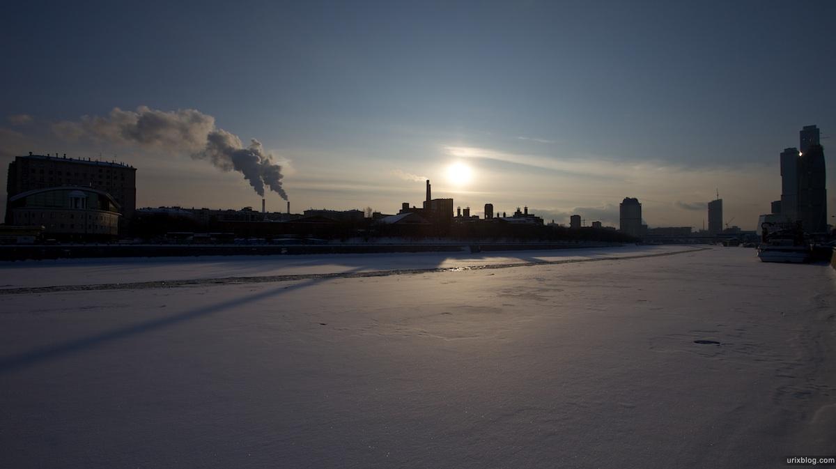 2010 Центр Международной Торговли Москва снег река лёд
