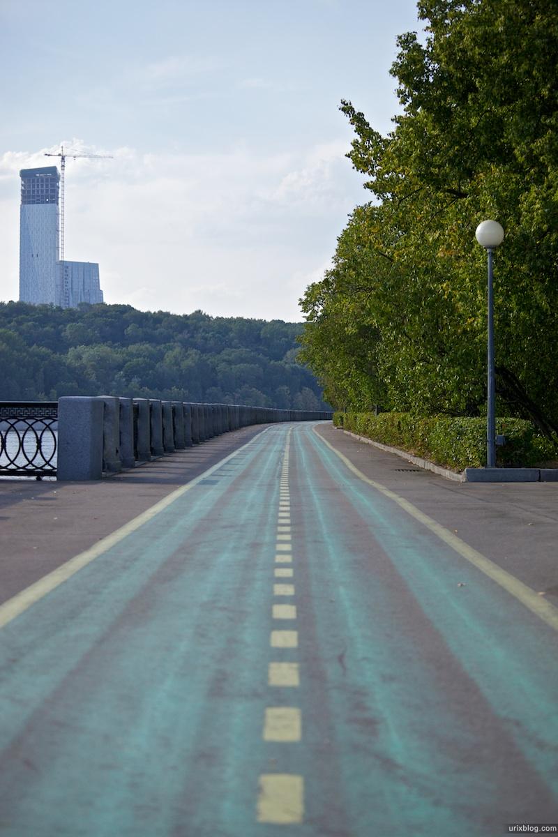 2010, велосипедная дорожка набережная Лужники Москва