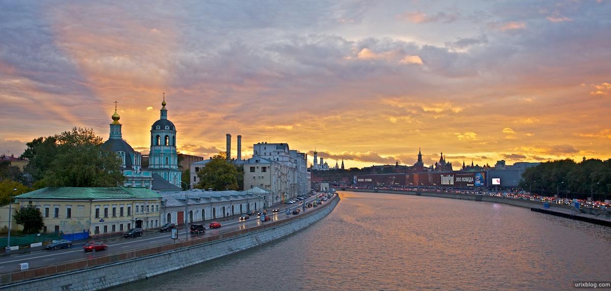 2010 HDR, Москва река