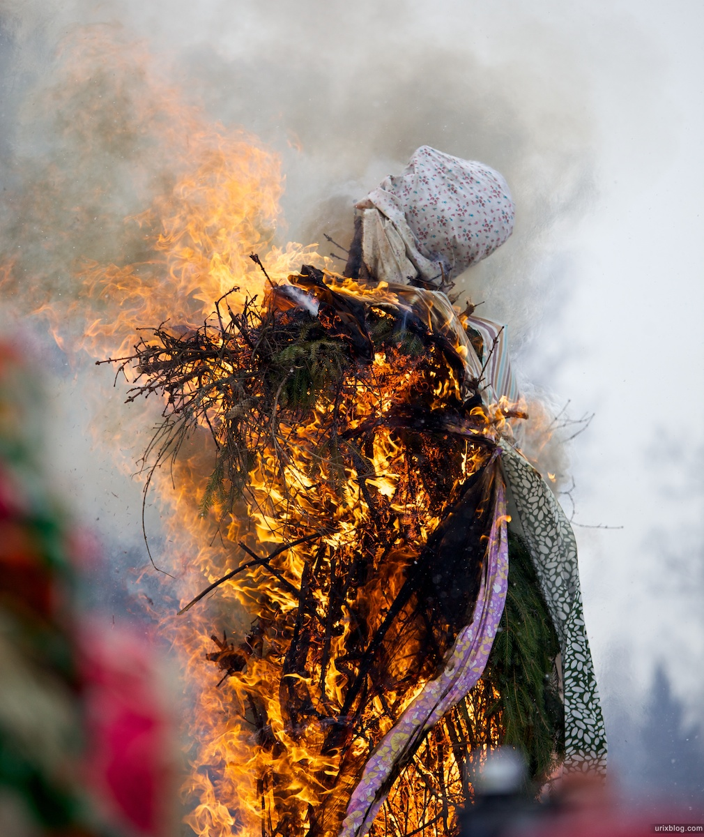 Россия Бакшевская Масляница, 2011, масленица горит
