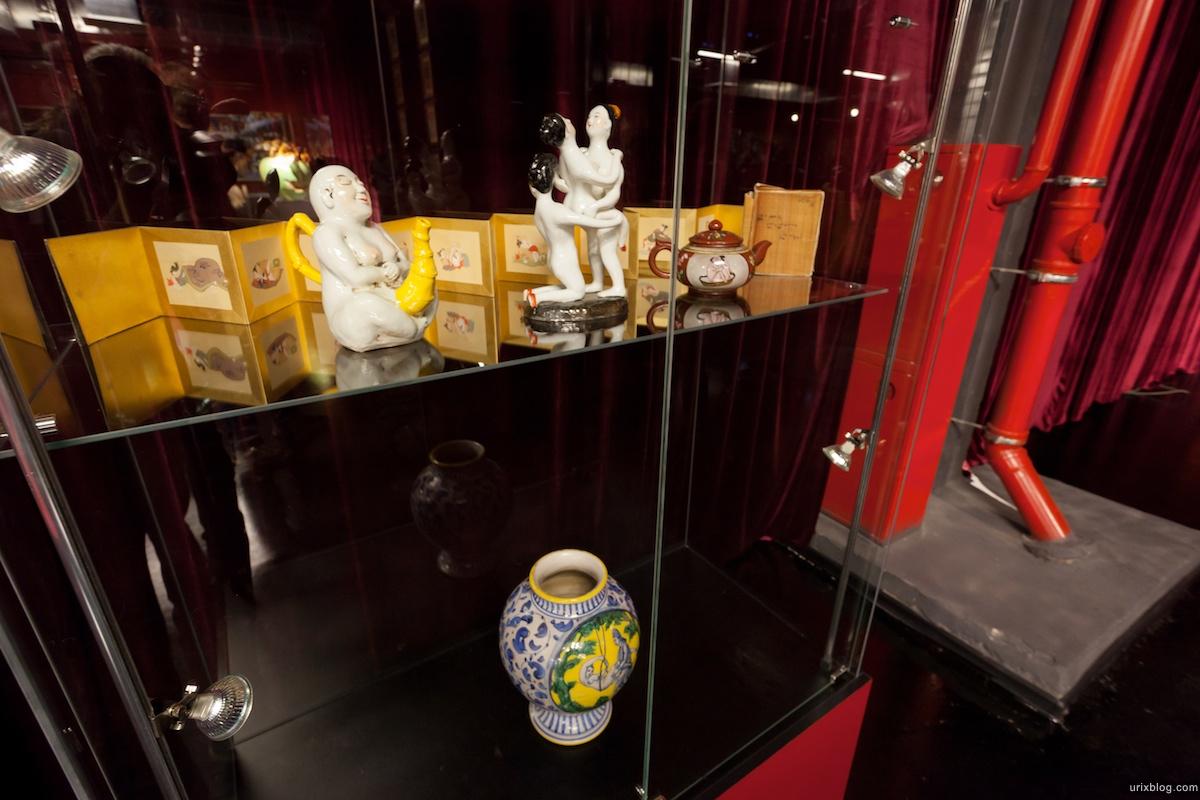 2011 музей эротики на Новом Арбате Москва Tochka G Точка Г секс шоп sex shop