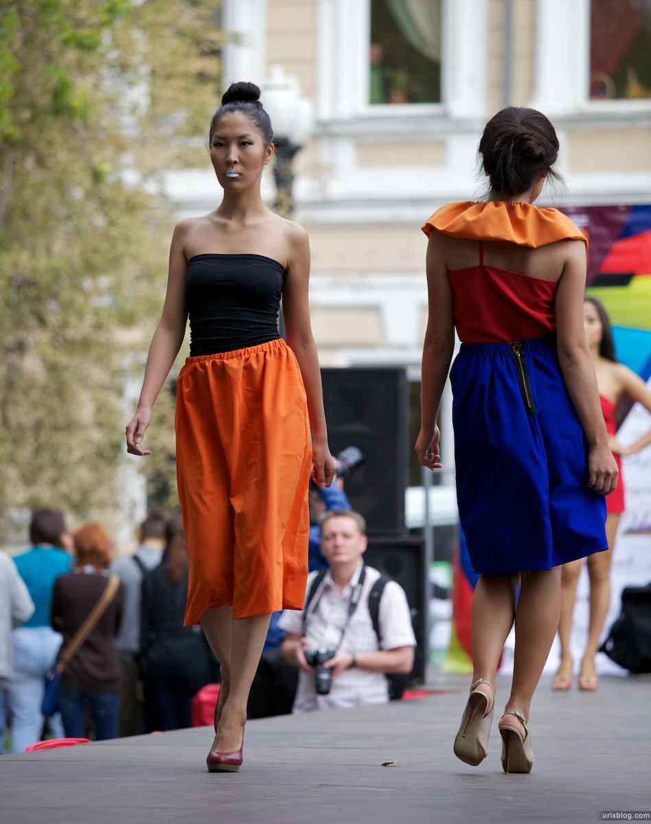 2011 Москва Раждественский бульвар Фестиваль Бульвар Искусств показ Мод