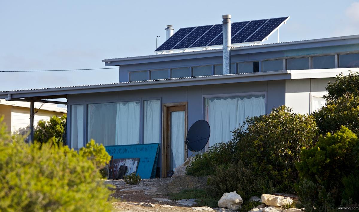 2011 2010 South Australia, Kangaroo Island, Остров Кенгуру, Южная Австралия, Vivonne Bay, дом, солнечные батареи