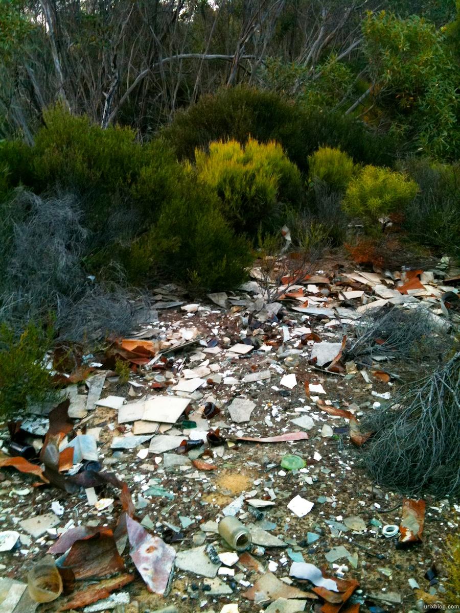 2011 2010 South Australia, Kangaroo Island, Остров Кенгуру, Южная Австралия, Vivonne Bay, garbage