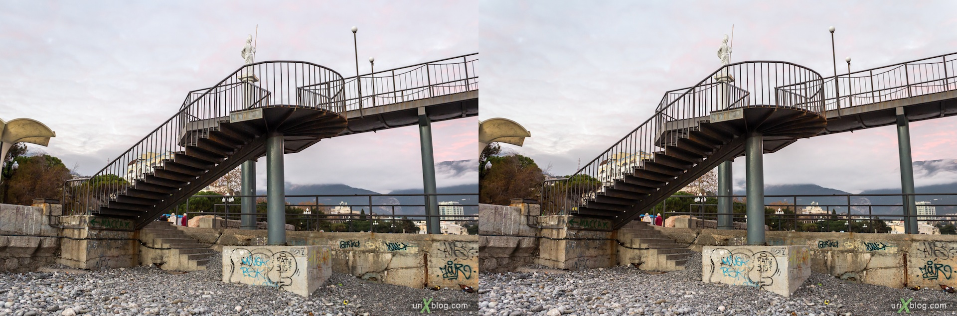 2012, Yalta, beach, Imeni Lenina embankment, groyne, evening, coast city, Crimea, Ukraine, 3D, stereo pair, cross-eyed, crossview, cross view stereo pair, stereoscopic