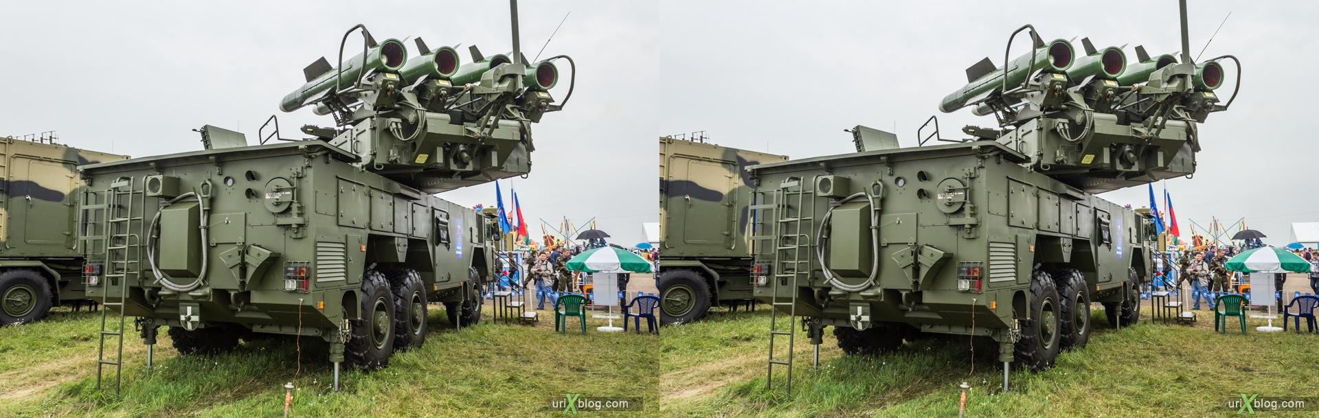 2013, Россия, Раменское, Жуковский, аэродром, самолёт, экспозиция, МАКС, Международный Авиационно-космический Салон, 3D, перекрёстная стереопара, стерео, стереопара