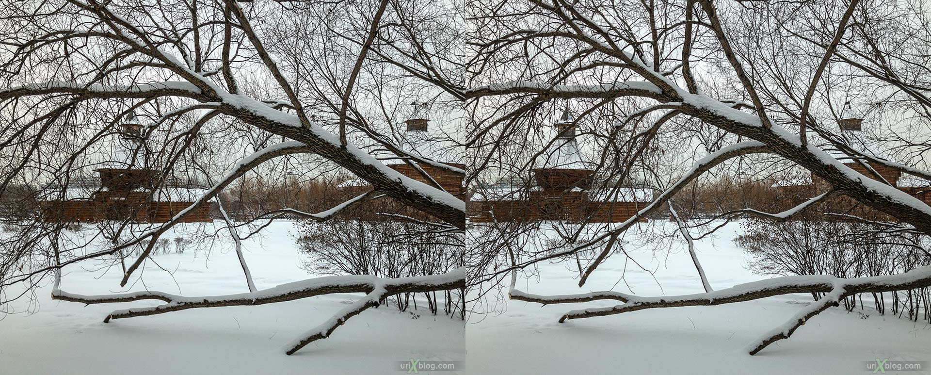 Russian Wooden Architecture, tower of the Nikolo-Korelsky monastery, Mokhovaya (Moss) tower, Kolomenskoye, park, wooden building, winter, snow, Moscow, Russia, 3D, stereo pair, cross-eyed, crossview, cross view stereo pair, stereoscopic