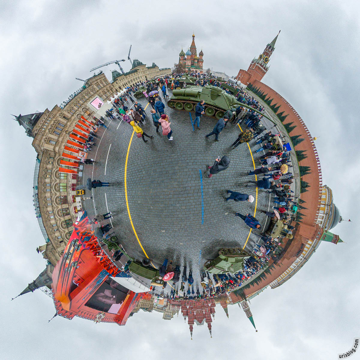 Red Square, tanks, Moscow, Russia, fisheye, panorama, Insta360 One X, 2019