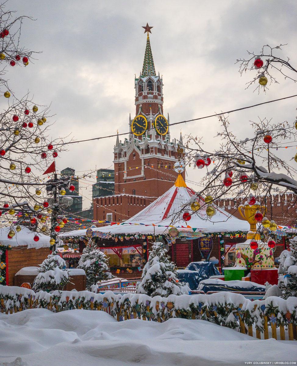 Красная площадь, Москва, Россия, 2018, зима, снег, утро, безлюдно